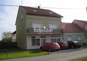 HOUSE AND TWO APARTMENTS IN ĐAKOVO 460 m2